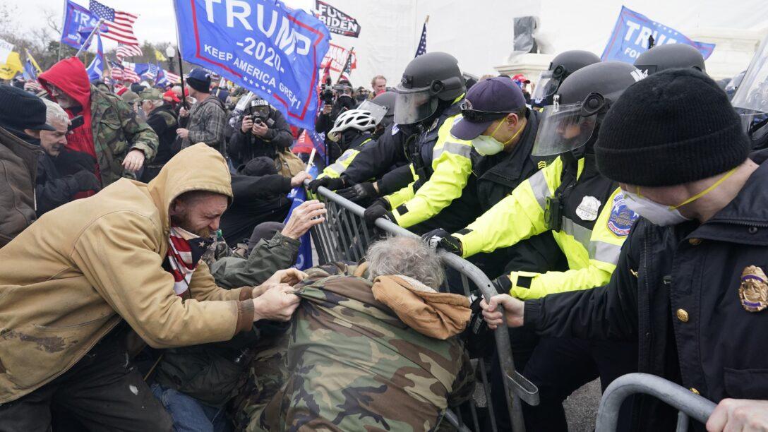 Pro-Trump protestors riot at the Capitol