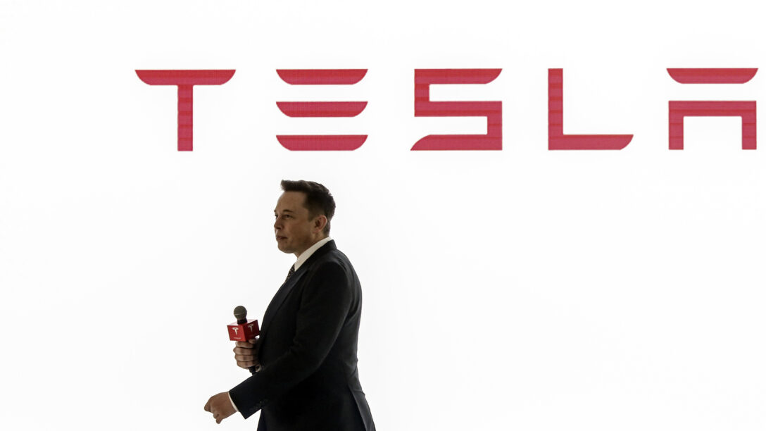 Elon Musk speaks at a Tesla press conference in China